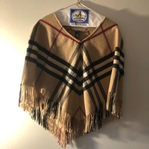 Burberry wool/cashmere scarf